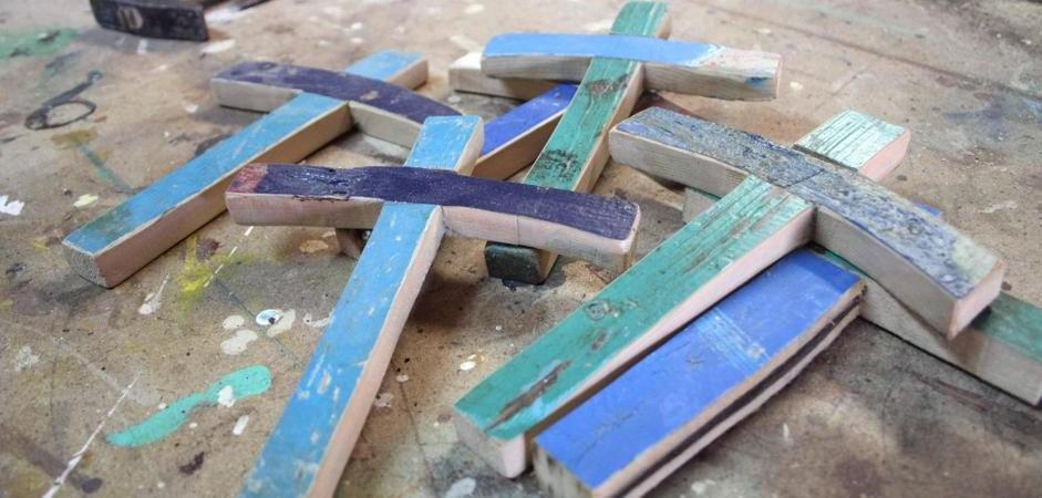 Immigrazione: da Lampedusa a Milano croci in ricordo vittime